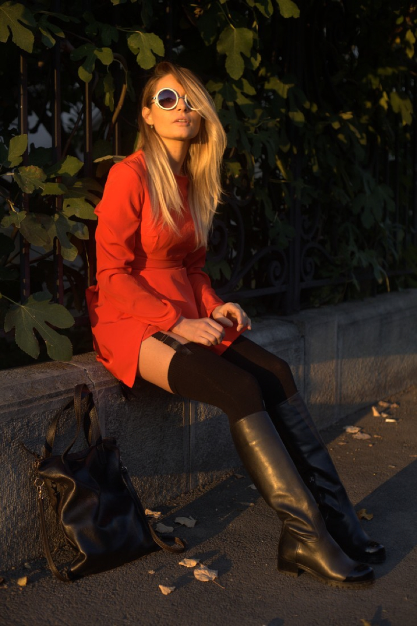 Laura Cosoi -01