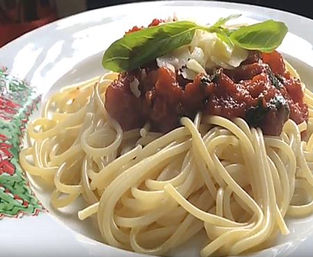 Tomato Spaghetti (Paste cu sos Rosu)