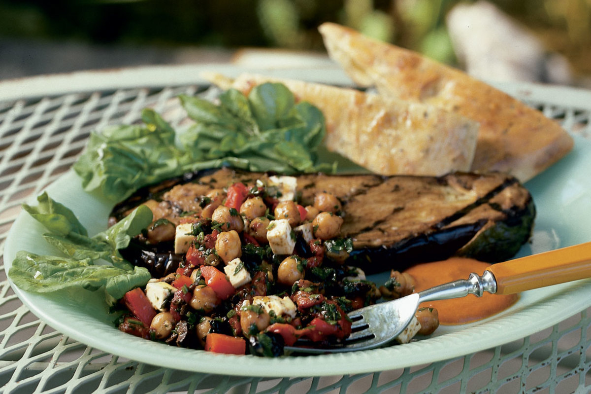 eggplant-steak-with-chickpeas-roasted-red-peppers-feta-cheese-and-black-olives-aug-2002-crop