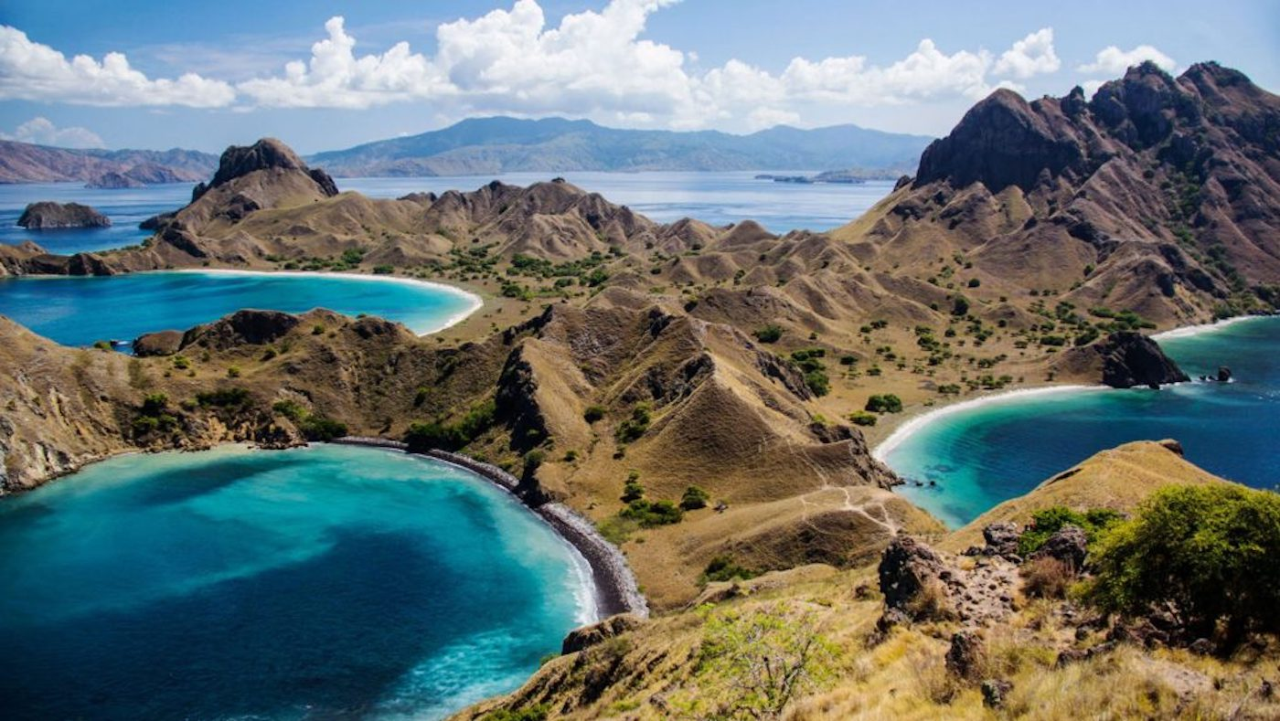 padar-island-komodo-island-best-attractions-1024x577