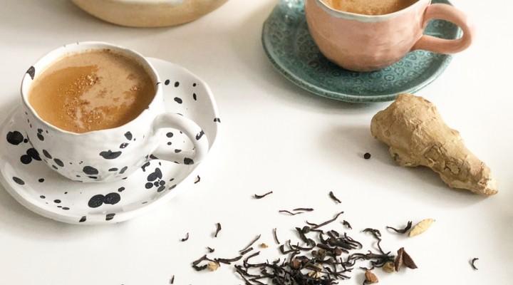 Vertical Taste: Mic dejun cu cornulete de post si ceai Masala Chai