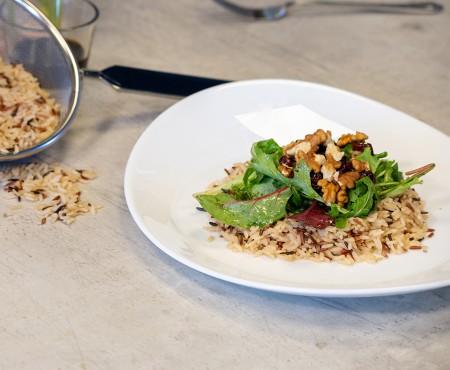 SarcinaZEN by AptaNUTRICIA: Salata de orez cu valeriana