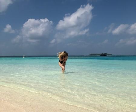Maldive - Primul zbor lung al Ritei si bagajul