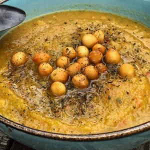 Supa crema de legume cu lapte de cocos si busuioc