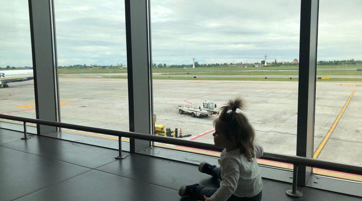Calatoria cu Rita la 1 an (cu avionul si masina)